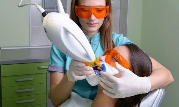 Отбеливание зубов zoom зум плюсы и минусы